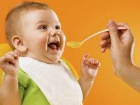 0 – 24 Ay Arasında Bebekler Nasıl Beslenmeli?