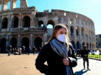 İtalya'da açık alanda maske kullanma zorunluluğu 28 Haziran'dan itibaren kaldırılıyor