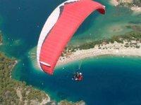 Engelli çocukların yamaç paraşütü hayali Fethiye'de gerçek oldu