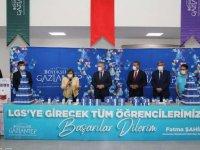 Gaziantep Büyükşehir Belediyesinden LGS'ye girecek öğrencilere hijyen paketi desteği