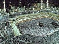 Suudi Arabistan, bu yıl hac ibadeti için yurtdışından kimsenin kabul edilmeyeceğini açıkladı