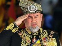 Malezya Kralı, ülkedeki Kovid-19 krizini siyasi liderlerle görüştü