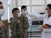 """TSK, koronavirüsle mücadelesine """"katı ve sert"""" tedbirlerle devam ediyor"""