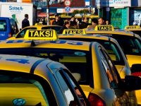 Taksiciler kendilerine koronavirüs aşısında öncelik tanınmasından memnun