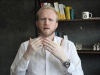 Albinizmli birey olmanın zorluklarını öz güveni sayesinde aştı