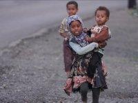 Yemen'de 7 yıldır süren savaşın bedelini mülteci kamplarındaki kadın ve çocuklar ödüyor