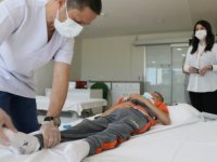 Hikayesini AA'nın duyurduğu engelli Muhammed'in tedavisine Samsun'da başlandı