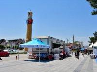Çorum'da Türk Kızılay aracında ve AVM'de Kovid-19 aşısı yapılıyor