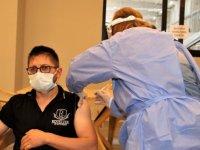 Karadeniz Bölgesi'nin en az vaka görülen kenti Sinop'ta 160 bin 13 doz Kovid-19 aşısı yapıldı