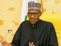 Nijerya Devlet Başkanı Buhari sağlık kontrolü için İngiltere'ye gitmekten vazgeçti