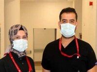 Bakan Koca'nın paylaşımı Gaziantep'te düğün hazırlığı yapan sağlık çalışanı çifti mutlu etti