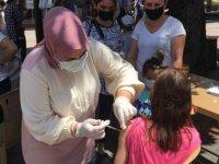 Bartın'da kurulan mobil aşı istasyonunda randevusuz Kovid-19 aşı uygulaması başlatıldı