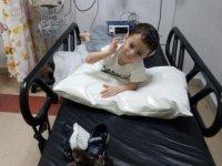 Adana'da hastanede tek başına bulunan 2 yaşlarındaki çocuğun yakınları aranıyor
