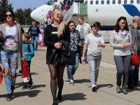 Antalya Havalimanı'na günde 19-20 bin arası Rus turist iniyor
