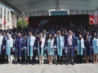 AYBÜ Tıp Fakültesi yeni mezunlarını verdi