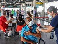 İzmir'de İZBAN Halkapınar İstasyonu'nda Kovid-19 aşı uygulanmasına başlandı