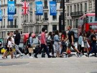 İngiltere'de son 24 saatte Kovid-19 nedeniyle 131 kişi hayatını kaybetti