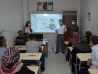 """Gaziantep'te Suriyeliler için """"Sosyal Uyum ve Yaşam Eğitimi"""""""