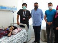 Sivas'ta doğuştan skolyoz hastası 9 yaşındaki Yağmur ameliyatla sağlığına kavuştu