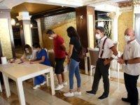 Kuşadası ve Didim'deki otellere aşı istasyonları kuruldu
