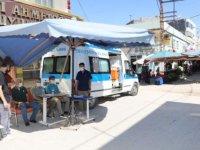 Mardin'de halk pazarında Kovid-19 aşı uygulama noktası oluşturuldu