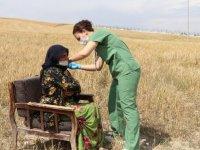 Başkentte mevsimlik tarım işçilerine Kovid-19 aşıları tarlalarda yapıldı