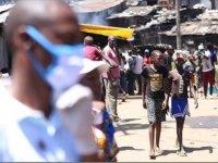 Güney Afrika Kovid-19 salgını nedeniyle yaklaşık 1,9 milyar dolar sosyal yardım dağıtacak