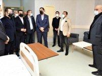 Van'da hayırsever iş insanları tedavi gördükleri hastanenin bazı odalarını yeniledi