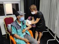 Beyoğlu'nda yerinde aşı uygulaması yapılıyor