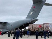 Türkiye'nin Kovid-19'la mücadele için gönderdiği tıbbi yardımlar Tunus'a ulaştı