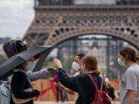 Fransa'da son 24 saatte 23 bin 706 Kovid-19 vakası tespit edildi