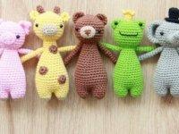 """""""Mutluluk Atölyesi""""nde ördükleri oyuncaklarla hasta çocukların kalbine dokunuyorlar"""