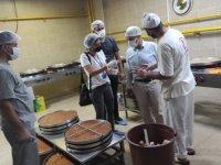 Bağlar Belediyesi bayram öncesi tatlı imalathanelerinde denetim yaptı