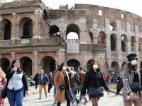 İtalya'da aktif Kovid-19 hasta sayısı 100 binin altına geriledi