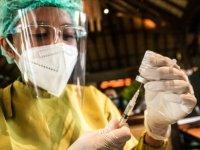 Güney Afrika, yarın 2 milyondan fazla Kovid-19 aşısını teslim alacak
