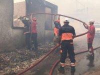 Manavgat'taki orman yangınında vatandaşlara su taşıyan kişi kalp krizi sonucu öldü