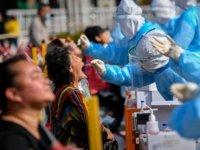 Kovid-19'un Delta varyantı Çin'in virüsle mücadele stratejisini maliyetli hale getiriyor