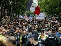 Fransa'da Anayasa Konseyi, tartışmalı Kovid-19 ile mücadele yasasını onayladı