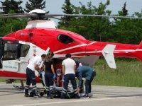 Ambulans helikopter kalp krizi geçiren kadın için havalandı