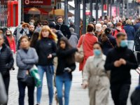 Almanya'da Kovid-19 ile mücadelede aşı olmayanlara yeni zorunluluklar getirildi