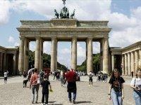 Almanya'da son 9 haftanın en yüksek günlük Kovid-19 vaka sayısı kaydedildi