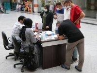 Karabük'te alışveriş merkezinde randevusuz aşı hizmeti veriliyor
