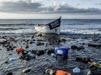 Kuzey Afrika'dan İspanya'ya gitmeye çalışan düzensiz göçmenleri taşıyan bot battı: 39 ölü
