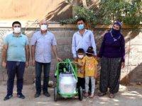 """Diyarbakır Valisi Karaloğlu, engelli vatandaşın """"süt sağım makinesi"""" isteğini yerine getirdi"""