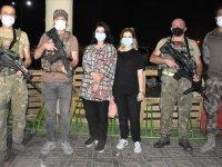 Kabil'de mahsur kalan 5 sağlık çalışanı, Türk güvenlik güçleri tarafından kurtarıldı
