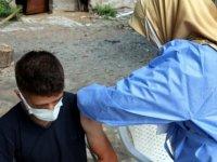 Tokat'ta mobil aşı ekipleri, köy köy dolaşarak vatandaşlara Kovid-19 aşısı yapıyor