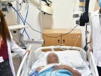 Aort kapağı darlığı teşhisi konan Kanadalı hasta, İzmir'de kapalı yöntemle yapılan operasyonla şifa buldu