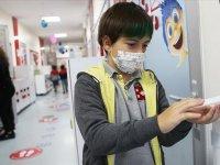 """DSÖ ve UNICEF'ten """"Avrupa ve Orta Asya'da tüm okullar açık kalsın"""" çağrısı"""