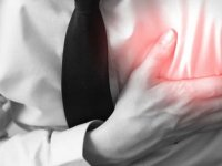 Sakarya'da öğretmenlerle toplantı yaptığı esnada kalp krizi geçiren okul müdürü yaşamını yitirdi