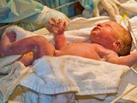 Skandal iddia! Yeni doğan bebek oksijen tüpü bitince öldü!